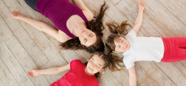 kids-yoga-pose-cocoon-savasana-647x300